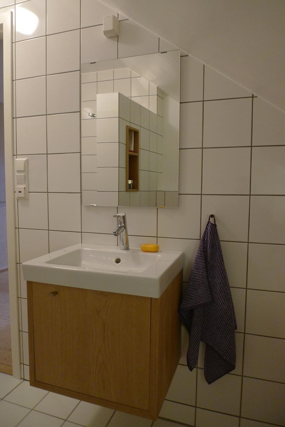 Baderoms møbler: tidan. norfloor sarpsborg fliser, bad ...